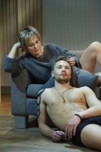 Martin Trondsen og Birgitte Victoria Svendsen finn tonen i det premiereklare stykket. Foto: L-P Lorentz