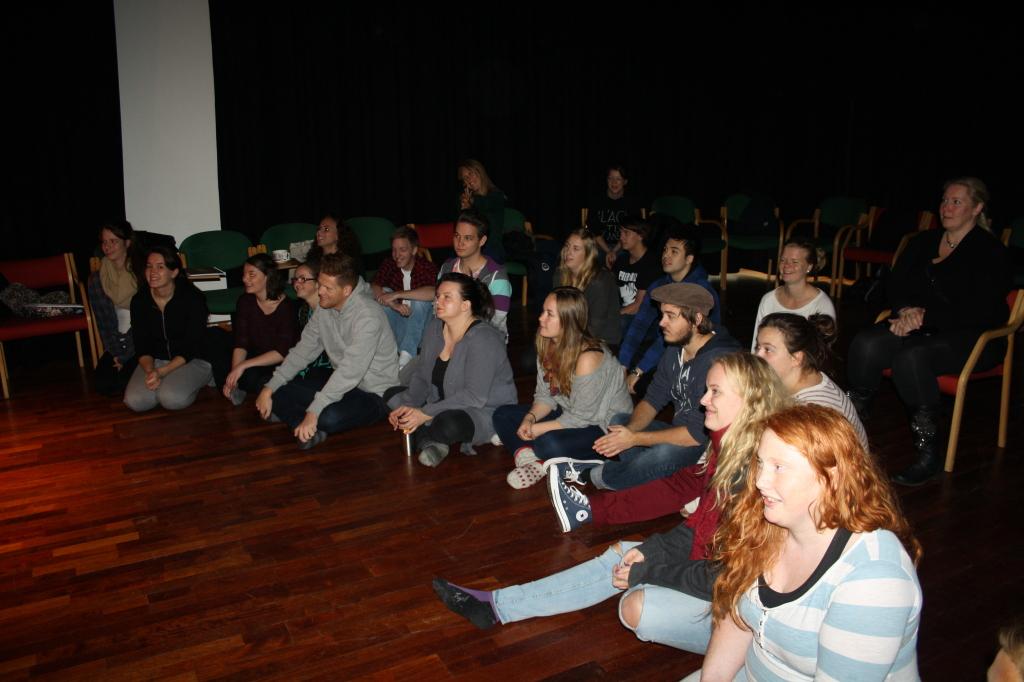 framføring workshop 15.10.14_foto av karoline stokke (1), drama og teater, Høgskulen i Volda