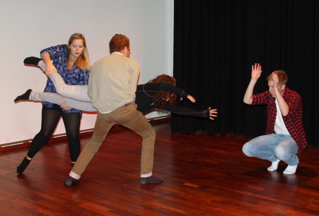 framføring workshop 15.10.14_foto av karoline stokke (27), drama og teater, Høgskulen i Volda