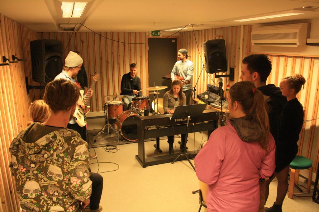 IMG_4054_utdanningsdagane2014, avdeling for kulturfag, musikk, høgskulen i volda, foto av karoline stokke